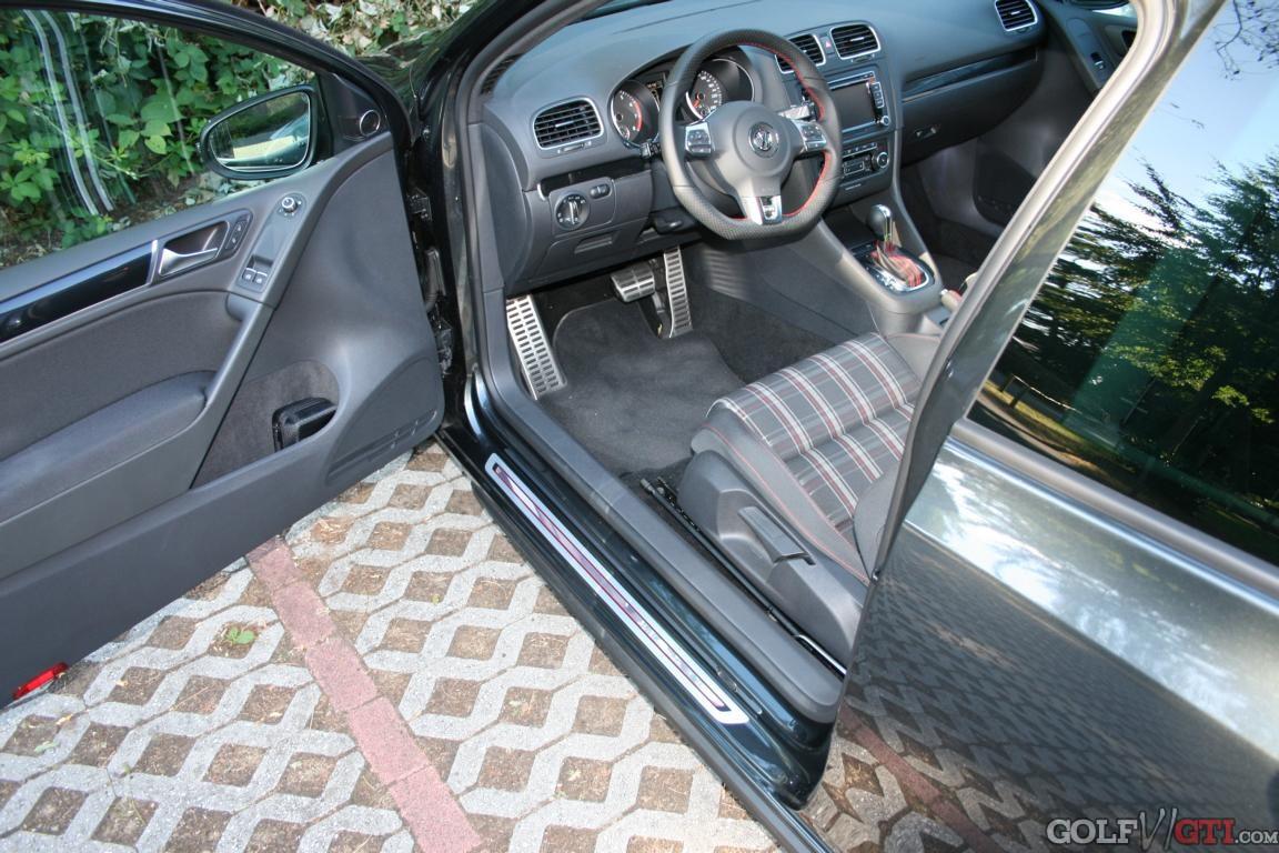 original volkswagen vw ersatzteile vw einstiegsleisten. Black Bedroom Furniture Sets. Home Design Ideas