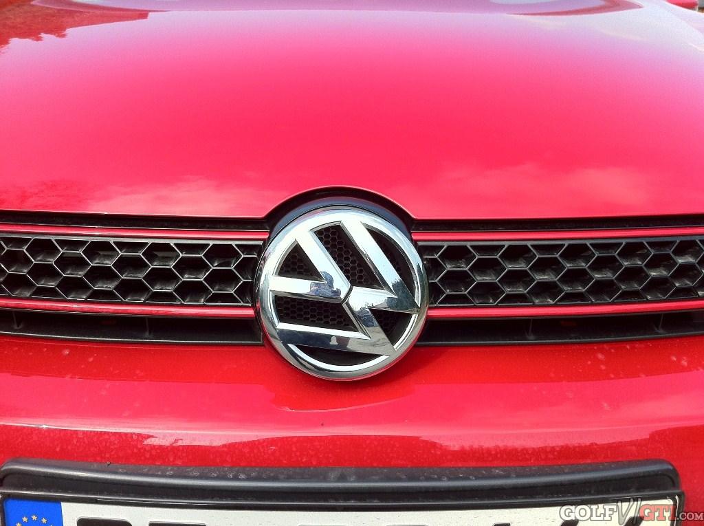VW Emblem - Front u. Heck in anderer Farbe • Golf VI GTI Community ...