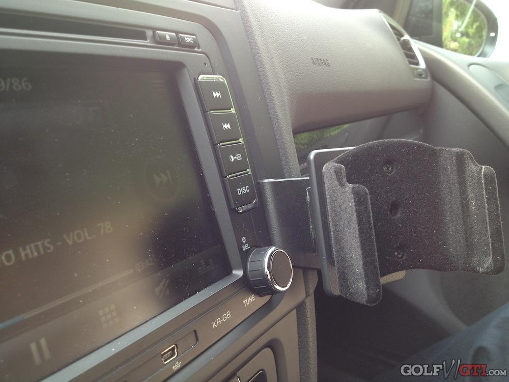 brodit handyhalterung golf 6 iphone golf vi gti community forum. Black Bedroom Furniture Sets. Home Design Ideas